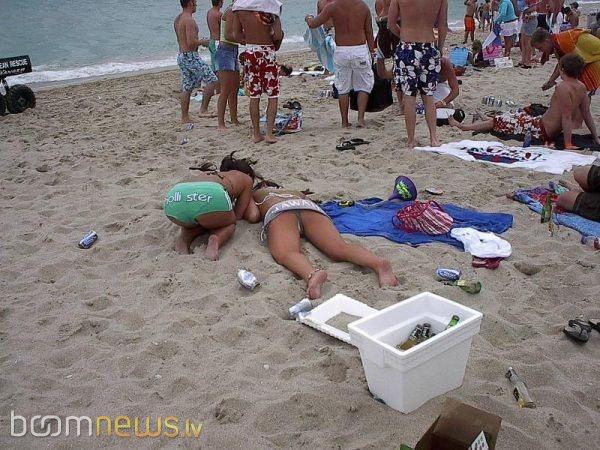 бабы на пляже фото пьяные фото