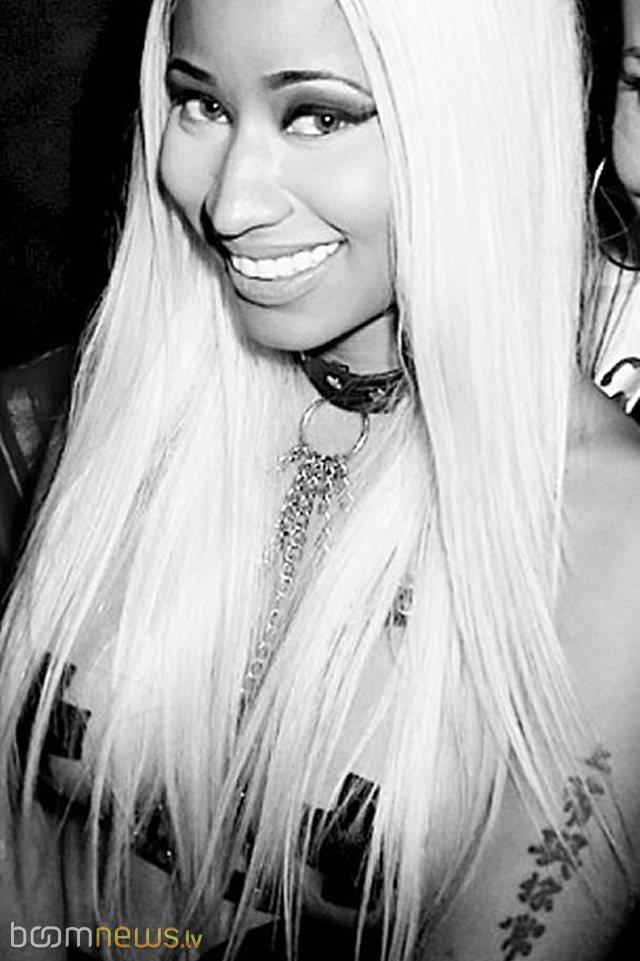 Nicki Minaj  Nail styles 2016  Celebrity nails Nicki